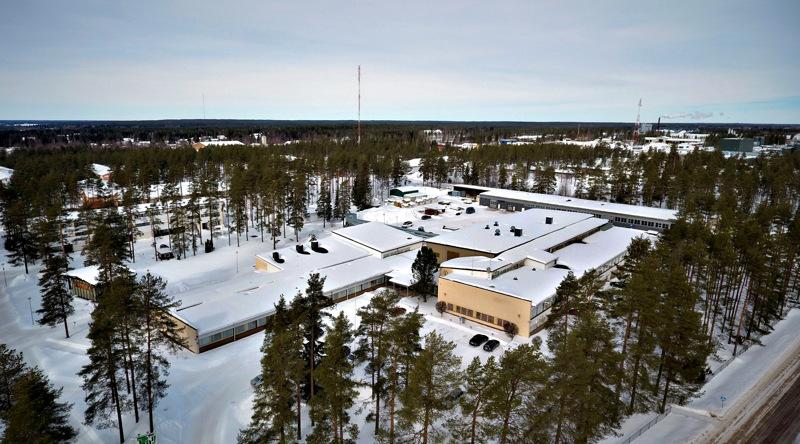 Jokilaaksojen koulutuskuntayhtymä Jedun Haapaveden yksikkö on jakautunut kahteen toimipisteeseen, Teollisuustielle (kuvassa) ja Kytökyläntielle.
