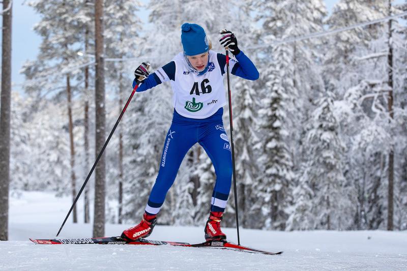 Aino Jylänki on löytämässä hiihdon ilon jälleen takaisin. Arkistokuva.
