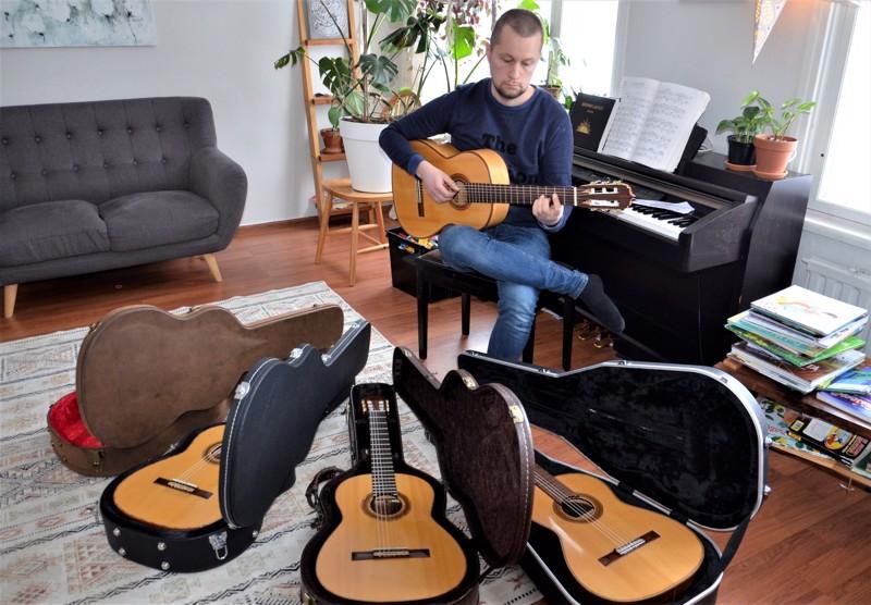 Heikki Nurkkala on rakentanut jo viisi klassista kitaraa ja lisää on tulossa.