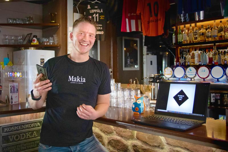 Kilta Barin yrittäjä Gary Timmin mukaan ajatus etukäteen ostettavista drinkkilipuista syntyi koronan myötä.