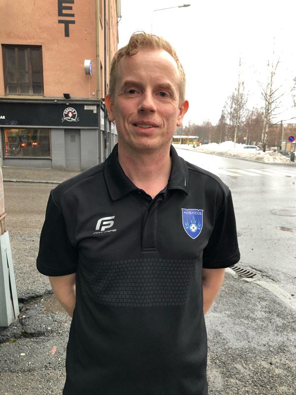 Jan Salin oli mukana perustamassa Nibacosta. Nyt hän on edustusjoukkueen päävalmentaja.