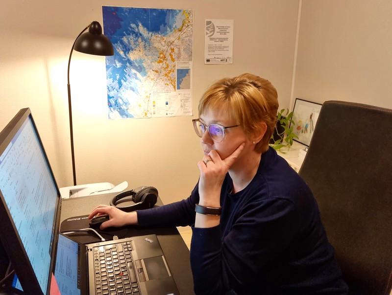 Liisan yritys Arelon toimii tällä hetkellä enimmäkseen Pöntiössä sijaitsevasta kotitoimistosta käsin.