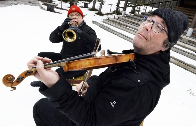 Timo Hannula  ja Raimo Hentunen tekevät jälleen yhdessä musiikkiteatteria.