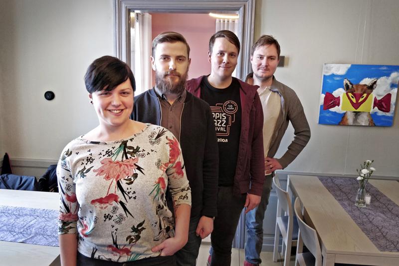 Anna Hagen, Anders Sjölind, Robin Käldström ja Sebastian Smeds kuuluivat jazzyhdistys Jazzoon hallitukseen kun yhdistys sai Pietarsaaren kulttuuripalkinnon 2019.