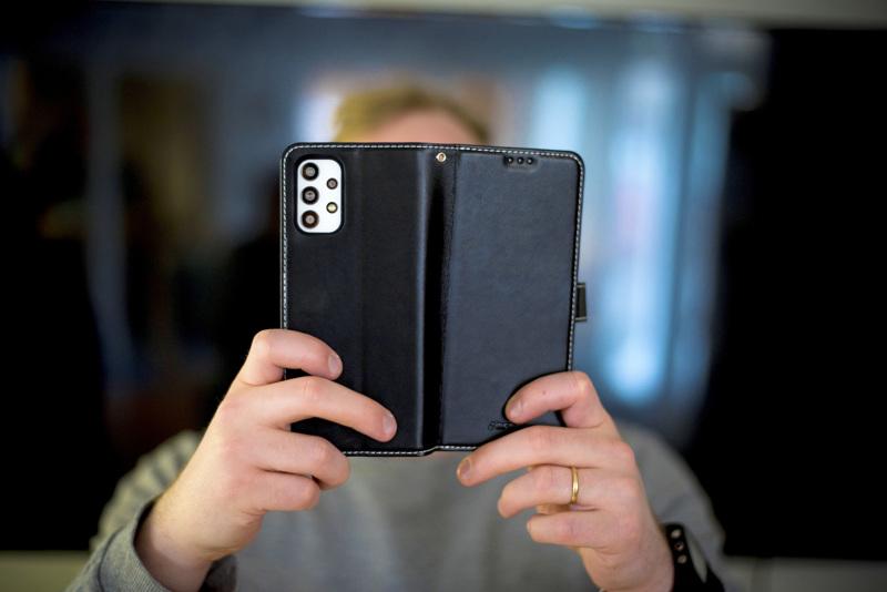 Yksilöllisessä valmennuksessa voidaan esimerkiksi parantaa digilaitteiden käytön taitoja.