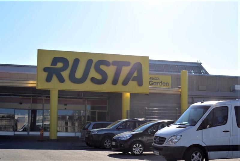 Kauppaketju Rustalla on aikeita laajentua myös Pietarsaareen. Kuva on Kokkolan viime vuonna avatusta Rusta-myymälästä.
