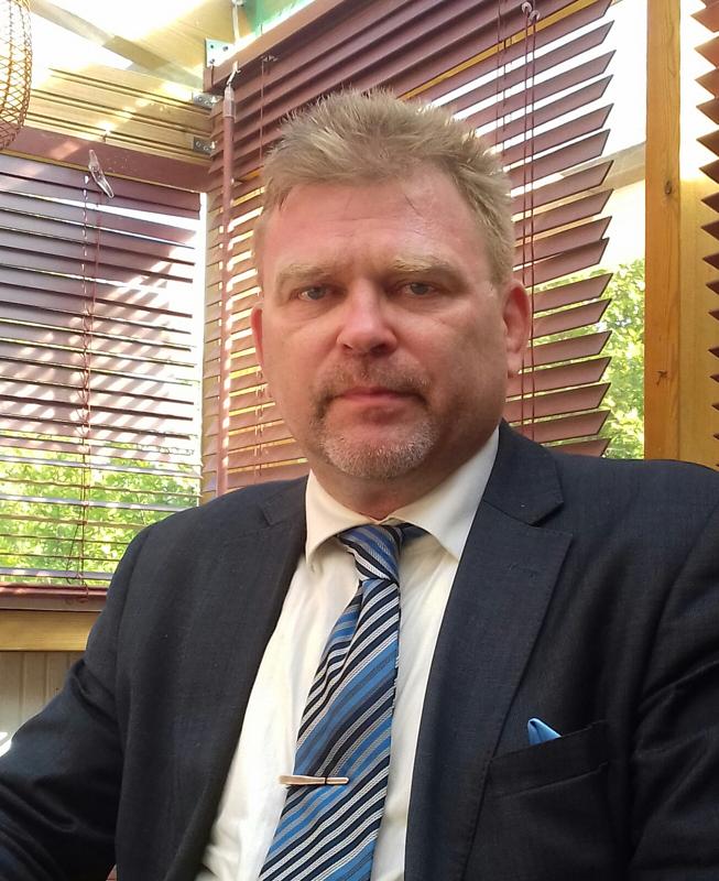 Tutkija-kirjailija Heikki Roiko-Jokela perehtyi presidentti Ståhlbergin ulkopolitiikkaan jo 1990-luvulla väitöskirjan muodossa.
