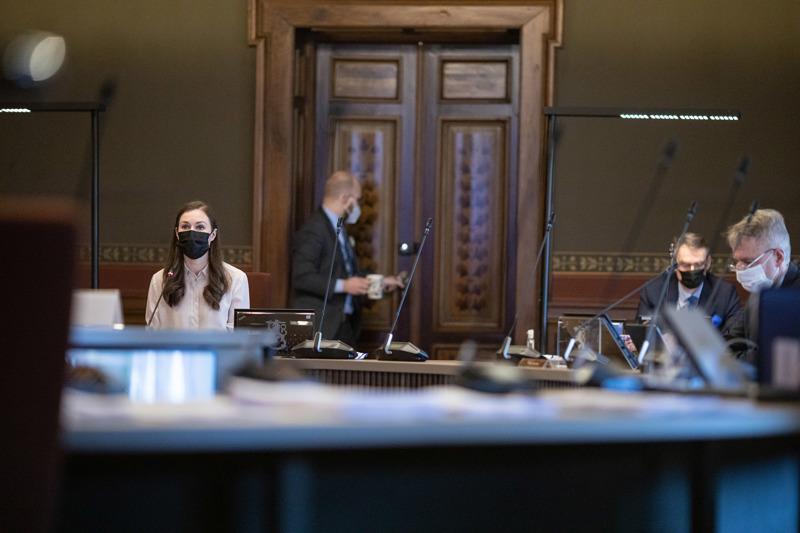 Pääministeri Sanna Marinin hallitus kokoontuu ensi viikolla kehysriiheen. Arkistokuva hallituksen neuvotteluista Säätytalossa, oikealla ulkoministeri Pekka Haavisto.