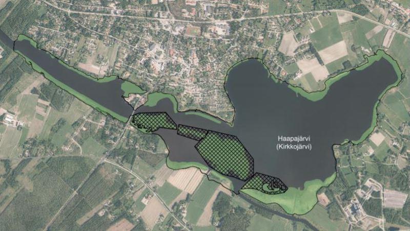 Kirkkojärveä niitetään veden vaihtuvuuden takaamiseksi ja pohjan liettymisen estämiseksi. Niitettäväksi suunnitellut alueet on merkitty karttaan tummalla ruudukolla. Koko järveä ei niitetä, koska kasvillisuus muun muassa sitoo ravinteita ja tarjoaa suojaa hyödylliselle eläinplanktonille ja petokaloille.