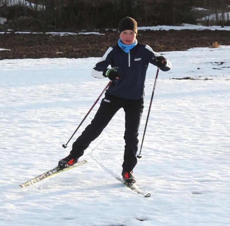 Aleksi Kyllönen, pian 13 v. hiihti talven aikana 1500 kilometriä.