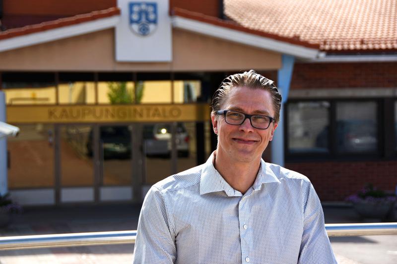 Haapaveden vs. kaupunginjohtaja Kimmo Hinno on yksi hakijoista.