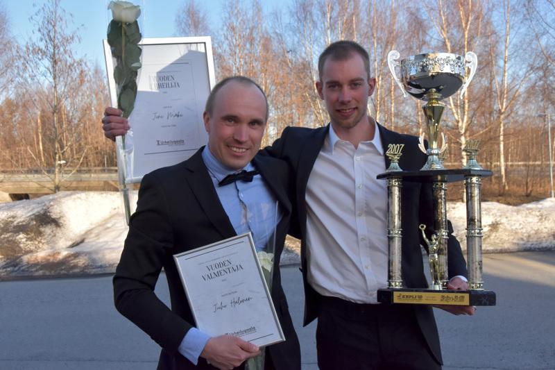 Joni Mäki (oik.) oli vuoden urheilija ja Juho Halonen vuoden valmentaja Keplin alueella vuonna 2020.