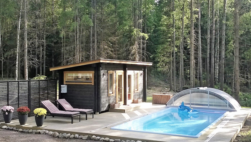 Katos suojaa uima-allasta roskaantumiselta  ja jatkaa käyttöaikaa. Usein altaan ympärille halutaan terassi.