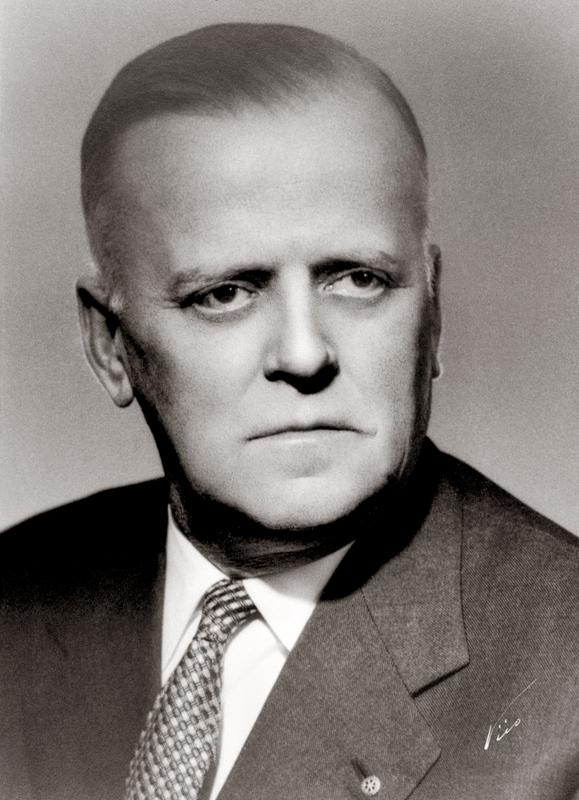 Evald Vainio oli myös perustamassa Kauppaseuraa ja toimi myös sen puheenjohtajana.