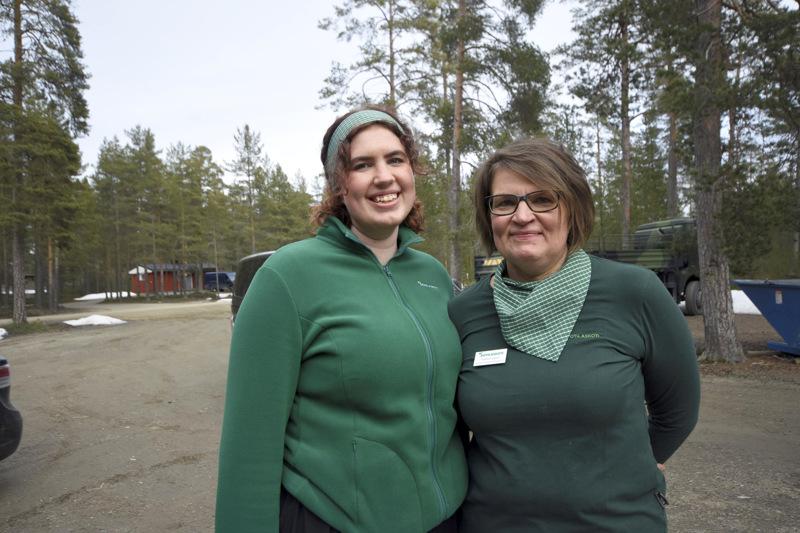 Jaana ja Jessica Ingalsuo aloittivat sotilaskotiharrastuksen yhdessä pari vuotta sitten.
