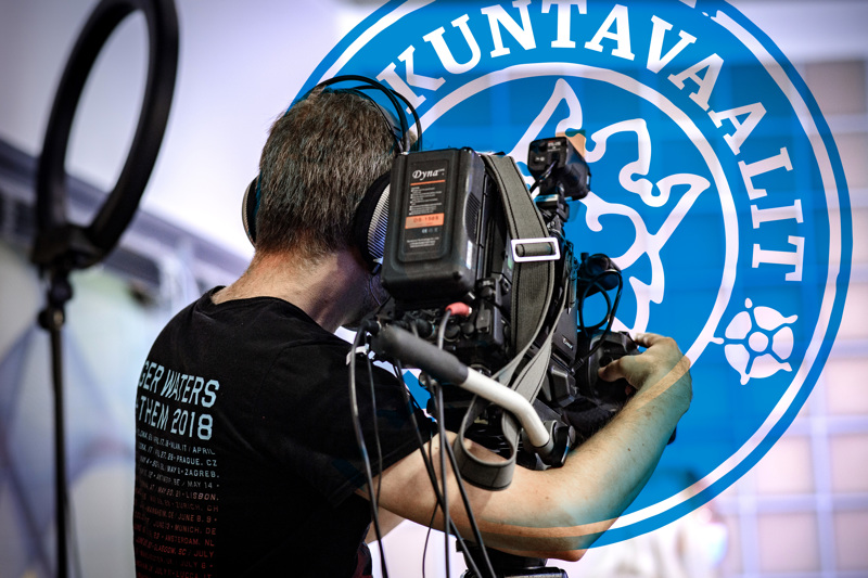 Timo Varila kuvaa myös Haapajärven alueen vaaliväittelyt suorana lähetyksenä Keskipohjanmaan verkkosivuille
