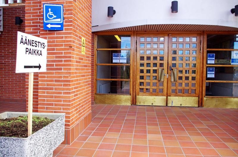 Nivalan kaupungintalon ovet avataan yleisölle ensi maanantaina.