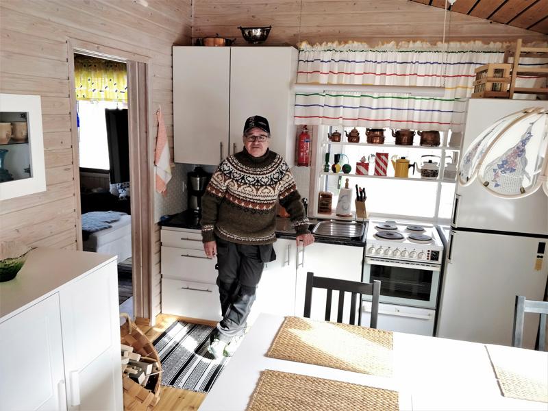 - Kun mökillä on mukavuuksia, siellä viihtyy paremmin, kokee Leif Karlström.