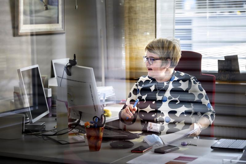 Soiten toimitusjohtaja Minna Korkiakoski-Västi mediainfossa tiistaina aamupäivällä. Info pidettiin Teams-sovelluksen välityksellä.