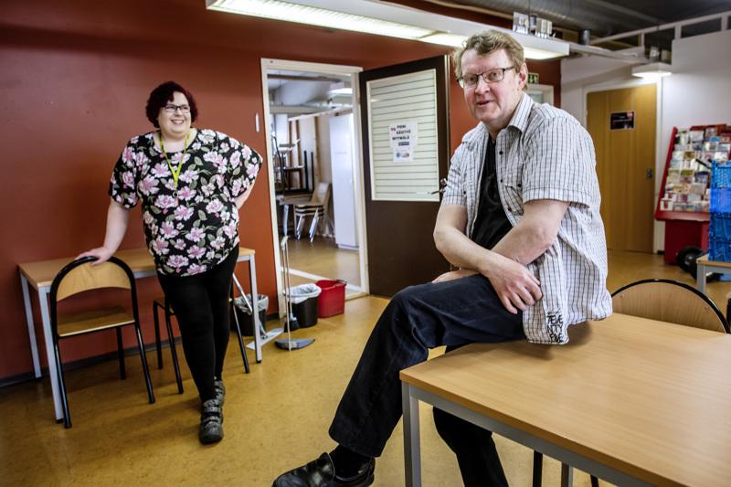 Johanna Laakso ja Pekka Välikangas toivottavat työttömille tervetulleiksi niin entiset jäsenet kuin kaikki uudetkin.