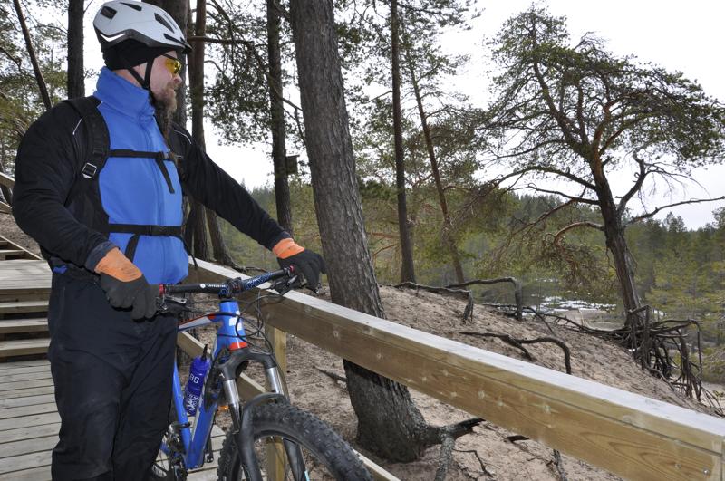 Kalajoen Mariston maisema raikas, puhdas meri-ilma sykähdyttävät ylivieskalaista maastopyöräilijää Pertti Hiltusta.