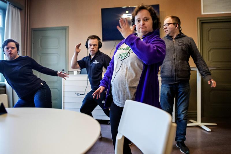 Kvartetossa ovat mukana Maria Lahti, Jarmo Patana ja Sanna Tornikoski. Kuva Talvitanssien tiedotustilaisuudesta.