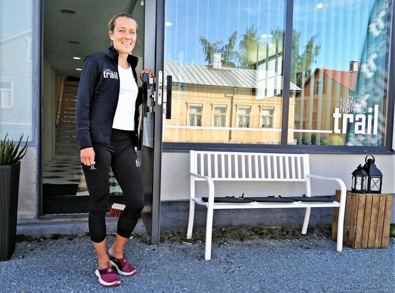Team Nordic Trail järjestää kesällä LÖUT-ultrakisan  polkureiteillä. Aikuisille on tarjolla kolme eri pituista reittiä eli 18, 49 ja 100 km.  Lasten kidstrail on 2 km pitkä ja se on suunnattu 6-13-vuotiaille. Kuvassa toimitusjohtaja Ida Kronholm.