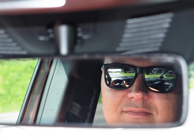 Liikenneturvan Tapio Heiskanen kehottaa autoilijoita puntaroimaan tarkkaan ohitustarpeen ja -paikan. Siirtyminen autolla vastaantulevan kaistalle on aina riski.