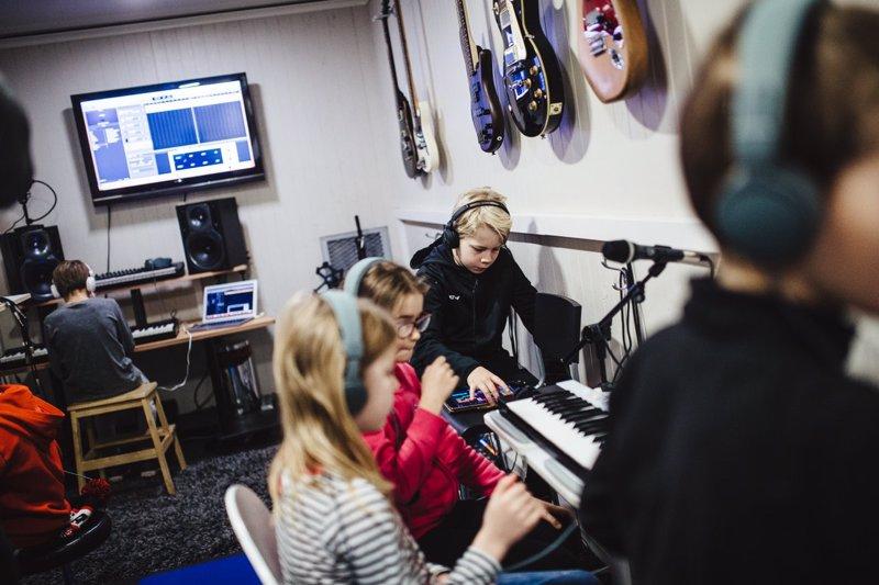 Rytmirekan nykyteknologiset opetusvälineet mahdollistavat uudenlaisen tavan opettaa musiikkia.