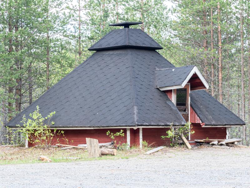 Tulistelupaikkana reitillä toimii Pitkänkankaan urheilualueen lähtöpaikalla sijaitseva viihtyisä kota.