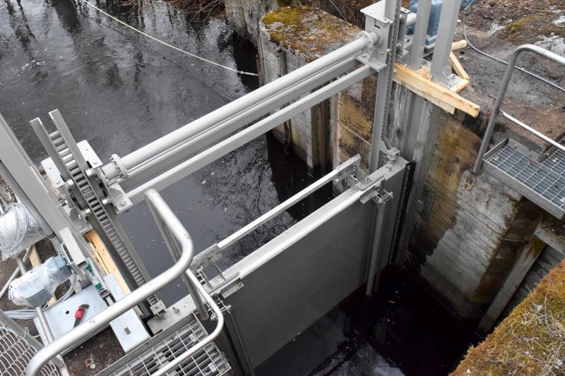 Gertrudsin sulut uusittiin muutama vuosi sitten. Nyt veneliikenne on pysähdyksissä viikon verran suluilla ilmenneen vian vuoksi.