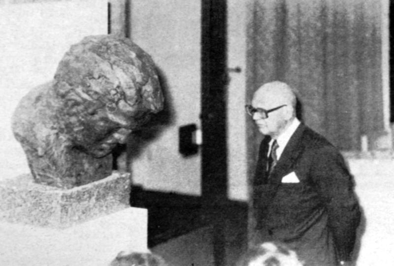 Suomen tunnetuin Urho eli Urho Kaleva Kekkonen Kallio-museossa vuonna 1977.