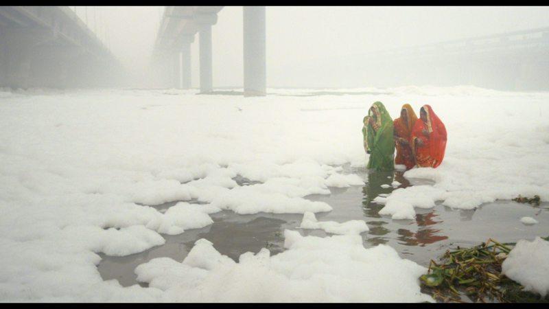 Suomalaisen tuotantoyhtiö Toinen katse Oy:n tuottama ja intialaisen Rahul Jainin ohjaama dokumentti Invisible Demons on valittu Cannesin elokuvajuhlille.
