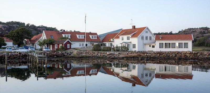 Gerlesborgsskolan vid Bottnafjorden i norra Bohuslän.