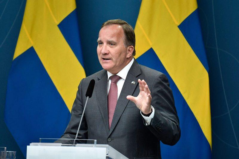 Pääministeri Stefan Löfven ehdotti hallitukselle kompromissia.