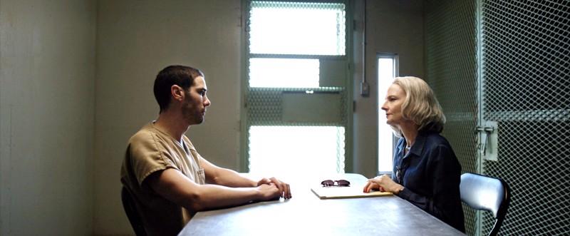 Guantánamo tosipohjaisena aiheena ja erinomainen vastanäyttelijä Tahar Rahim innostavat veteraani Jodie Fosterin parhaimpaansa.