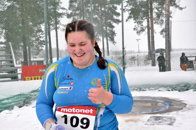 Silja Kososen pitkiä moukarikaaria nähtiin Kautisella myös maaliskuussa, kun hän voitti 19-vuotiaiden moukarinheiton talvimestaruuden tuloksella 72,44.