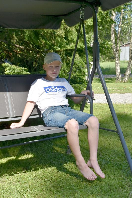 Onnea! Aaron Isokangas viettää kesälomaansa kotonaan Toholammilla.