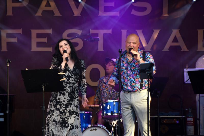 Diandran ja Johannes Vatjuksen yhteisduettona kuultiin kappale Jotain jää.