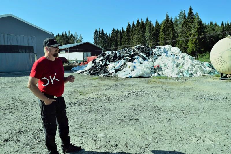Mikael Lasén haluaa eroon jätemuovista. Ja on löytänyt keinon, jolla jätteestä tulee raaka-ainetta.