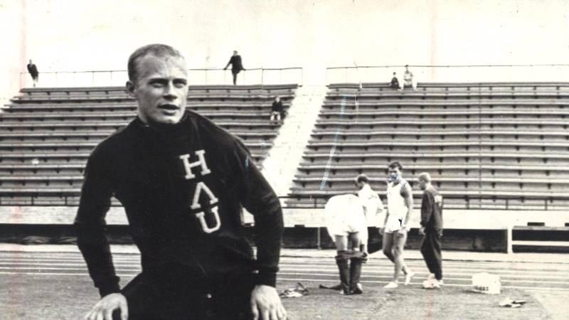 Juha Väätäinen edusti vuodet 1960- 1967 Haapaveden Urheilijoita, tässä kuvassa Tampereella 12. elokuuta 1966.