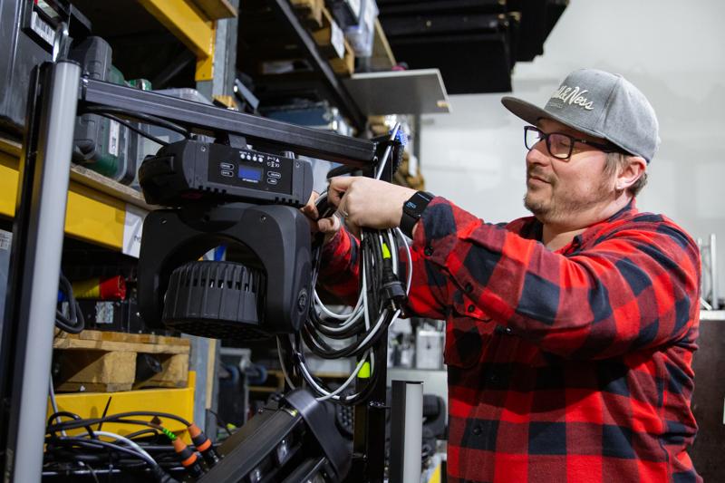 Ambient Audio Oy:n yrittäjä Mika Paananen arvioi, että Ambient Audio tulee toteuttamaan noin 80 livekeikkaa vielä tänä vuonna.