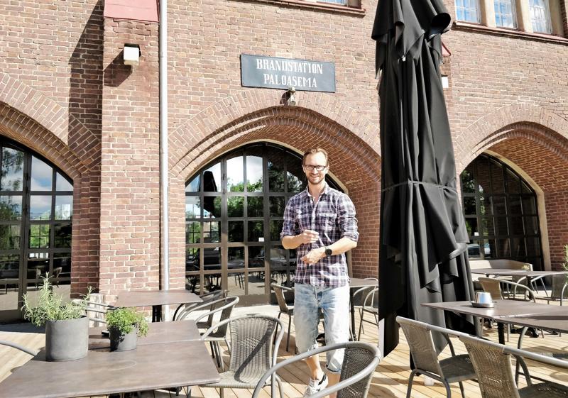 Björn Höglund kertoo, että tarkoituksena on pidentää Station 23:n aukioloa syksyllä. Kesällä avataan lounasajan jälkeen late lunchin merkeissä.
