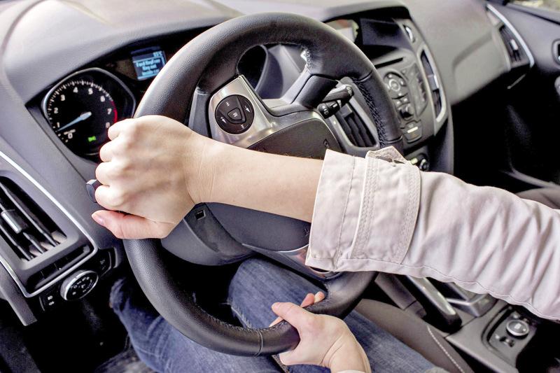 Reijo Huhtala peräänkuuluttaa kuljettajilta huomaavaisuutta.