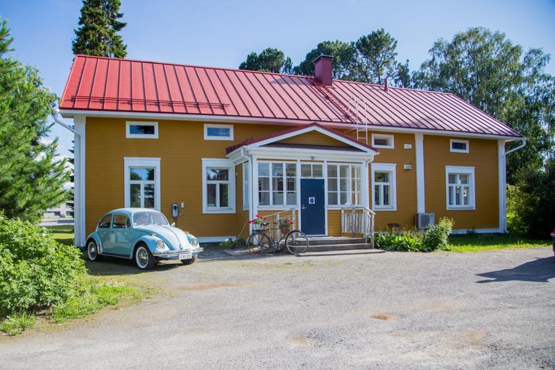 Vuonna 1910 rakennetussa talossa toimi aikoinaan Haapajärven viimeinen kestikievari.