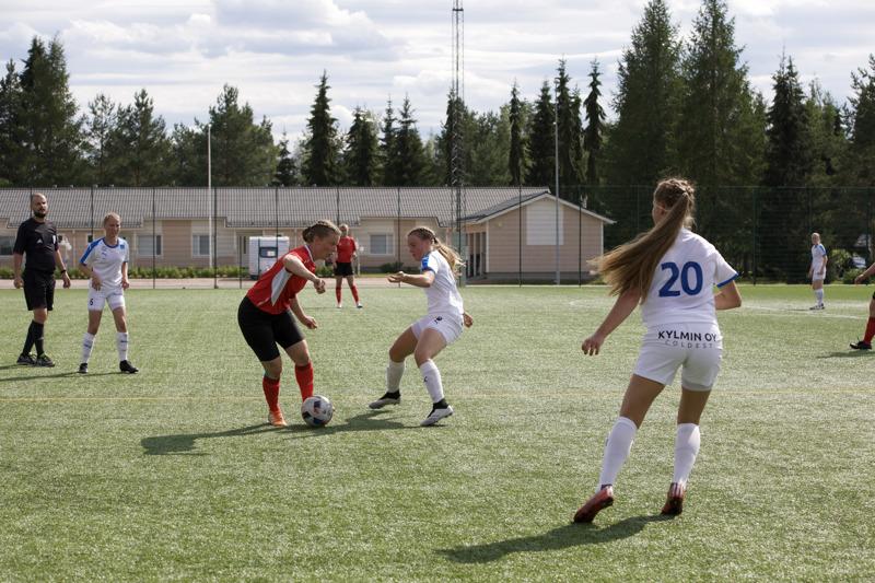 FC Ysikakkosen Kakkosen kausi jatkuu torstaina kotiottelulla kokkolalaista KF10 vastaan.