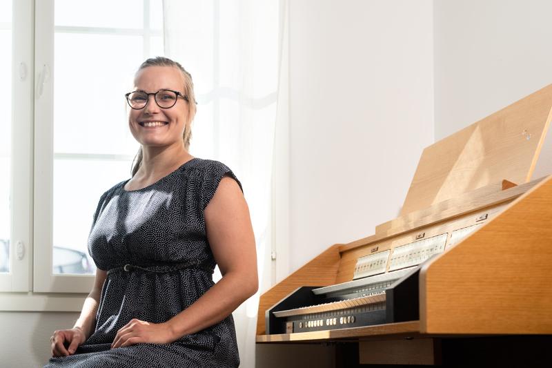 Dramaattisen koloratuurin äänityyppiin siirtynyt kokkolalainen Minna-LeenaLahti esiintyy Lohtajan Kirkkomusiikkijuhlilla perjantaina. Korona-aikana hän on työskennellyt myös kanttorina.