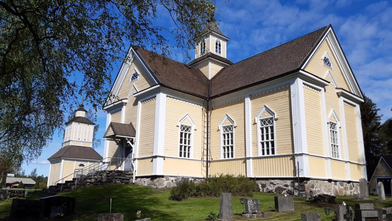 Raution kirkossa pidetään perjantaina iltahartaus, jossa voi jakaa maastopalon aiheuttamia tunteita.