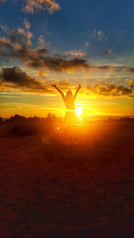 Auringonlasku Hiekkasärkillä