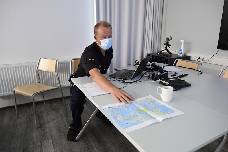 Kuvassa palomestari Matti Virtanen.